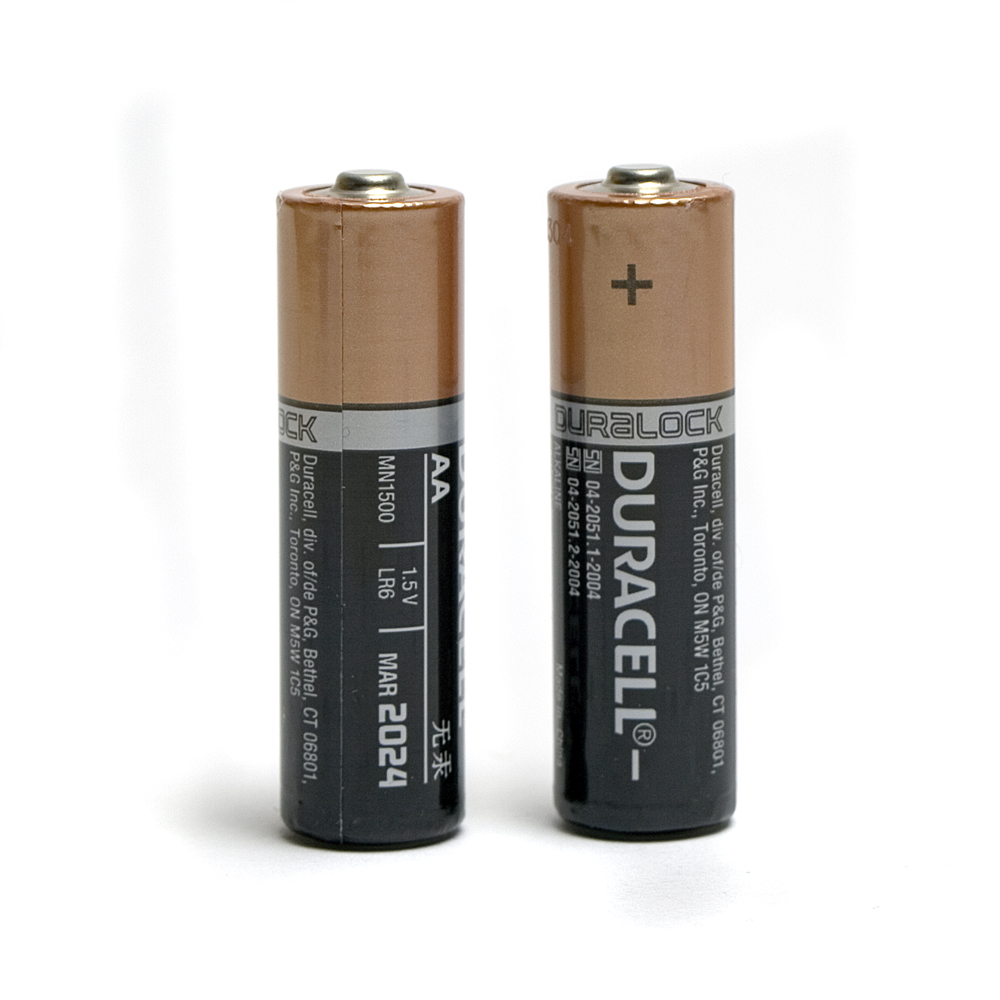 duracell aa battery pair
